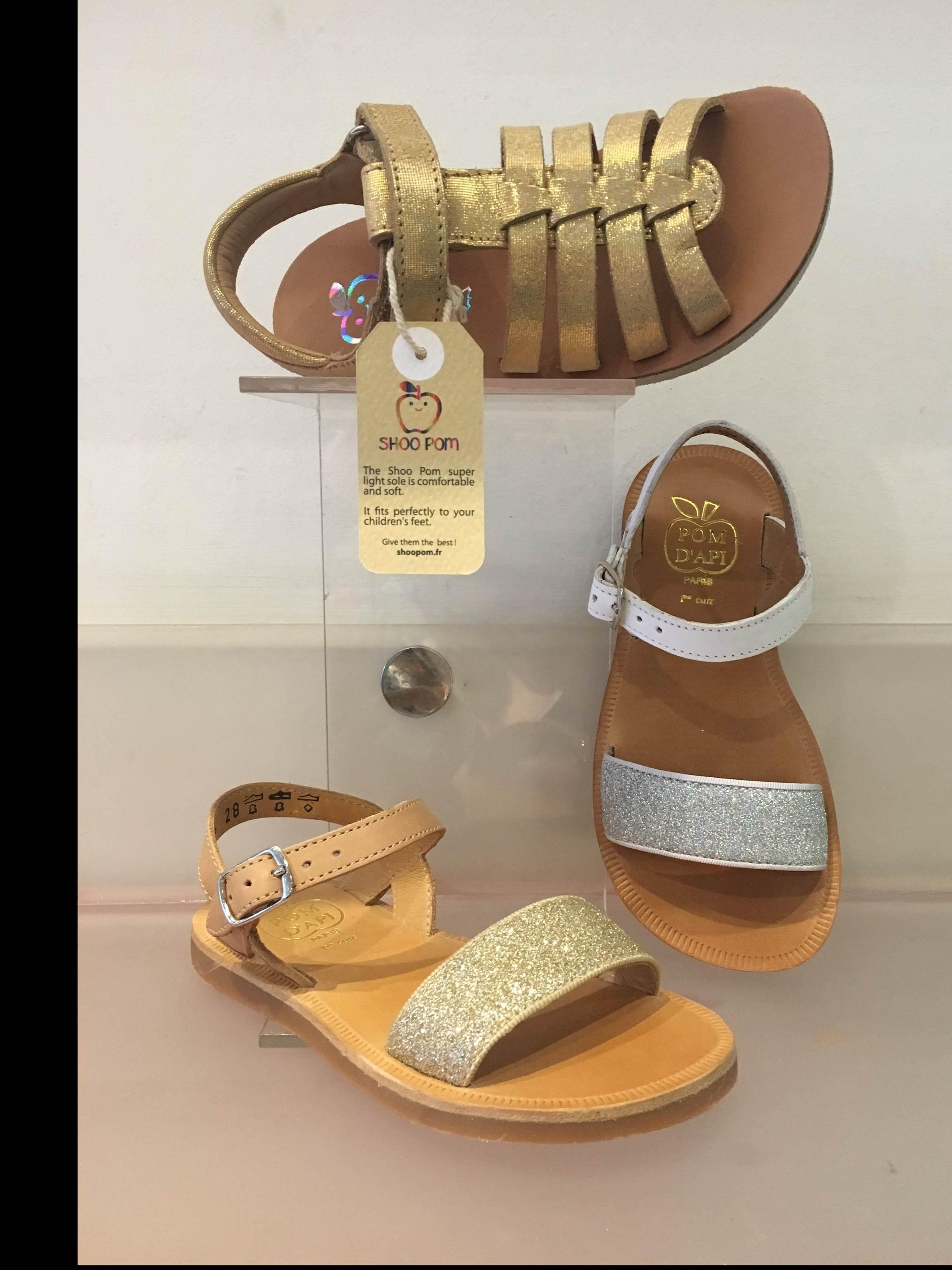 Pomdapi sandals for children